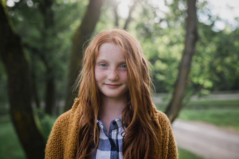 Edmonton family photographer offers fall minis as an alternative to the typical back to school photos