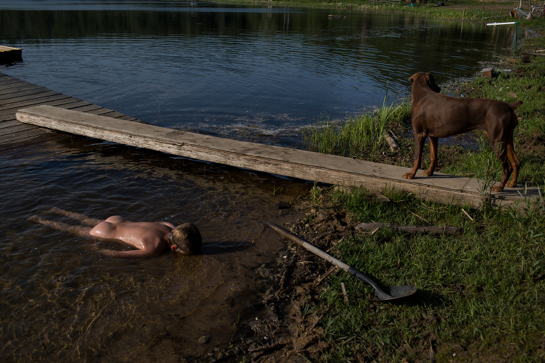 class for Edmonton parents to make more meaningful pictures of their children doing weird kid things like laying facedown in the lake