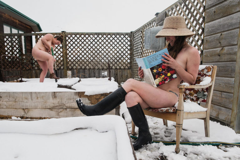 Jenna Hobbs and Aimee Hobbs pose nude in snowy garden